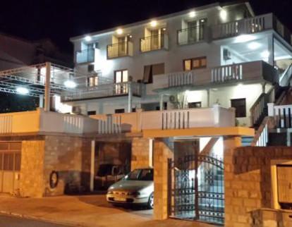 Smeštaj: Apartmani Klakor Tivat, Crna Gora